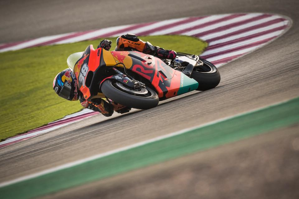 Bradley Smith testes Qatar 3